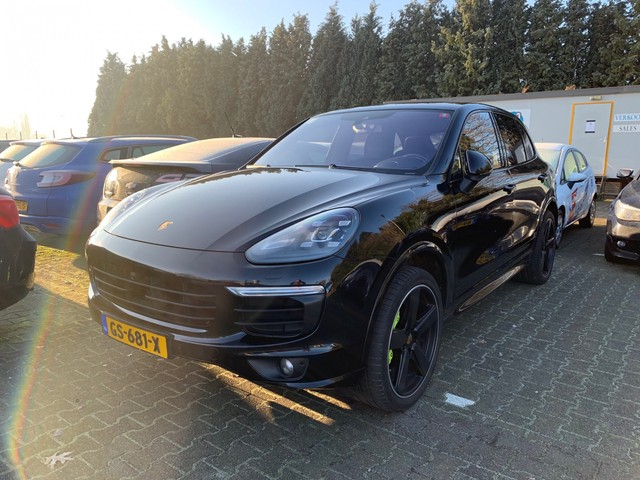 Porsche Cayenne 3.0 S E-Hybrid (INCL-BTW) AUT. *PANO+ADAPT.CRUISE+360-CAMERA+BURMESETER+LED-LIGHTS+AIR-SUSPENSION+LEDER+MEMORY-SEATS+BLIS+ECC+PD