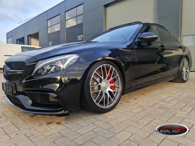 Mercedes-Benz C-Klasse C63S AMG