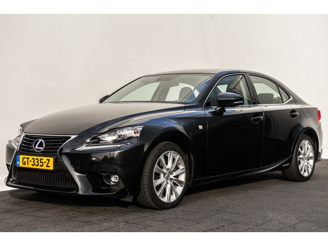 Lexus IS 300h 223 Pk 25th Edition | Navigatie | Xenon | 17
