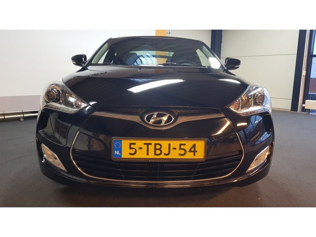 Hyundai Veloster 1.6 GDI i-Vision | 18