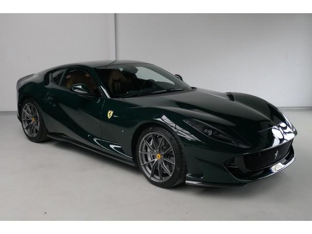 Ferrari 812 6.5 V12 Superfast Carbon in & exterieur - JBL - Camera