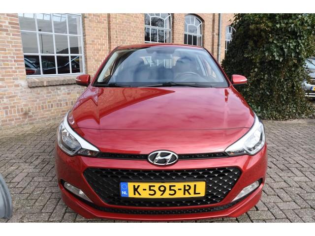 Hyundai i20 1.2 HP i-Motion *46.008km* Airco Cruise control Rijstrooksensor 1e Eigenaar
