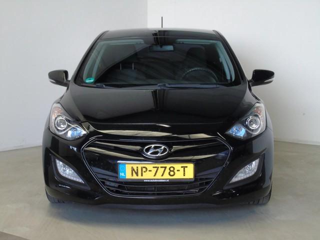 Hyundai i30 1.4i i-Drive Navi 6-Bak (bj 2012)