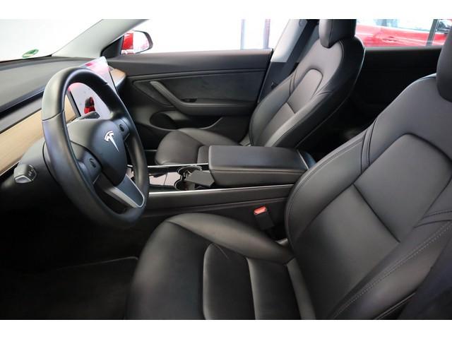 Tesla Model 3 Long Range EX BTW FSD! Rood Zwart Navigatie 18LM 4% Bijtelling Privacy glas 351 PK!