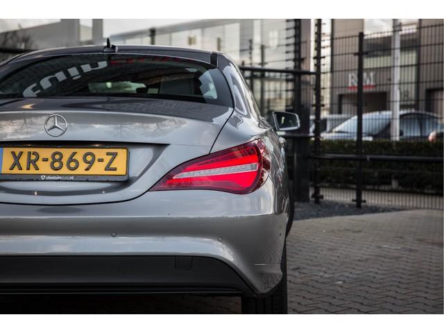 Mercedes-Benz CLA-Klasse 180 Ambition Automaat, Achteruitrijcamera, Navigatie,