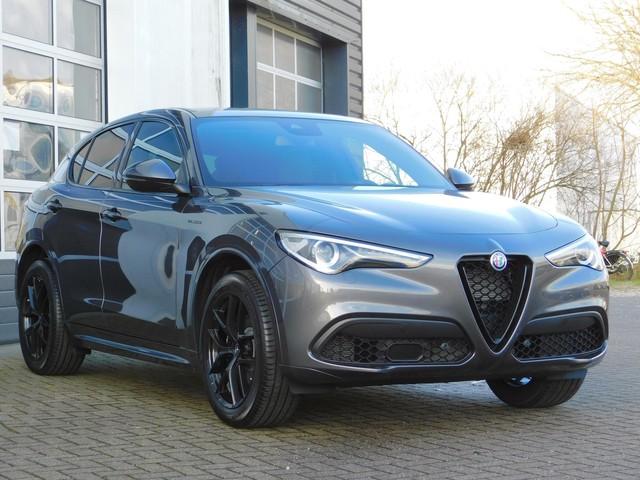 Alfa Romeo Stelvio 2.0 Turbo Aut. 280pk AWD Veloce Schuif Kanteldak Driver Assist. Pack Priv. glass