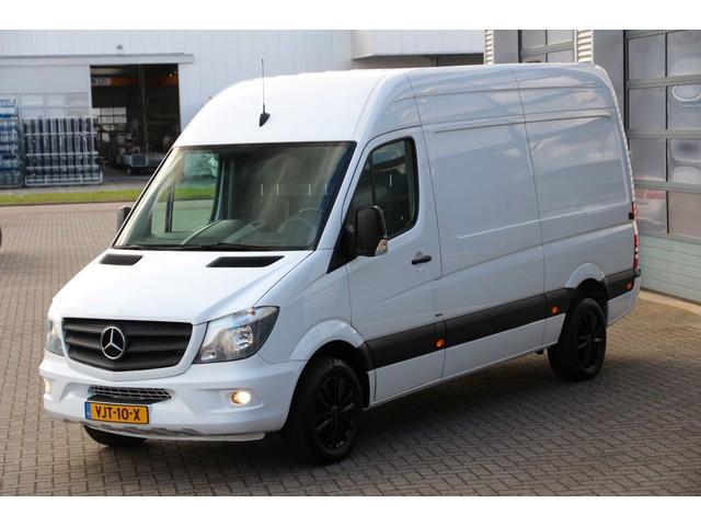 Mercedes-Benz Sprinter 319 3.0 CDI V6 | L2H2 | 3.5t trekgewicht | Daken | Standkachel | Stoelverw. | Cruise | Airco..