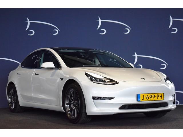 Tesla Model 3 Long Range 6413 KM!!!  AUTOPILOT LEDER LED PANODAK