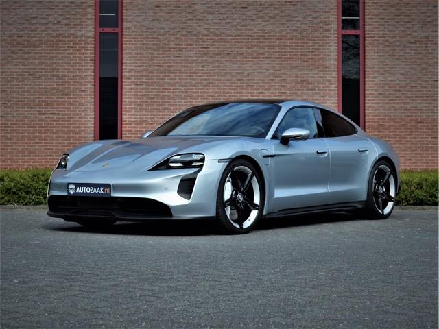 Porsche Taycan 4S Performance-accu Plus Sportdesign