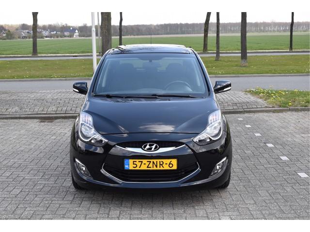 Hyundai ix20 1.4i i-Vision Schuif-Kanteldak   Climate control   Trekhaak   LM velgen