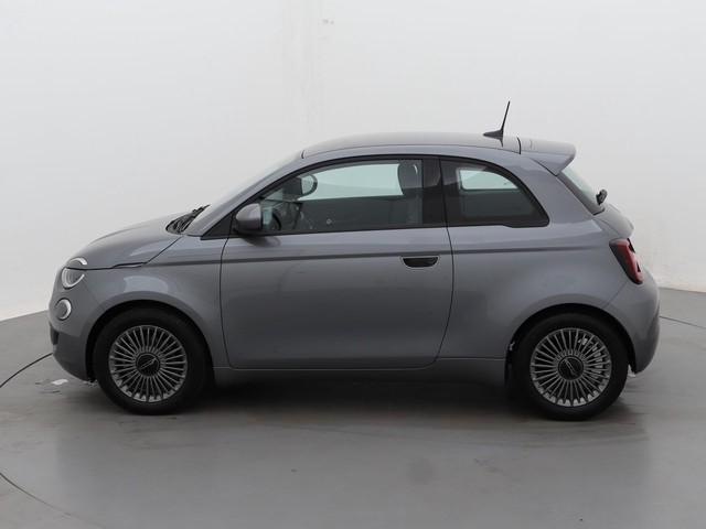 Fiat 500E Business Launch Edition | Prijs Excl. BTW | Climate Control | Apple Carplay | Cruise Control | Keyless | Parkeersensoren | Camer