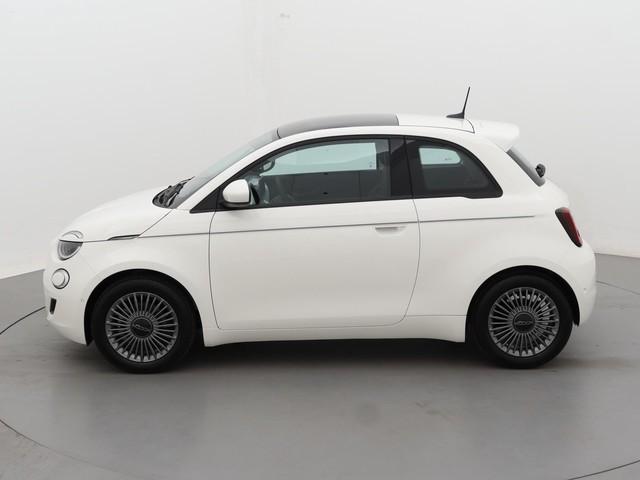 Fiat 500E Icon Berlina   Climate Control   Navi   Apple Carplay   Keyless   Parkeersensoren   16'' inch LM velgen   8% Bijtelling