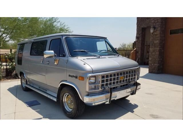 Chevrolet Chevy Van G20 Camper