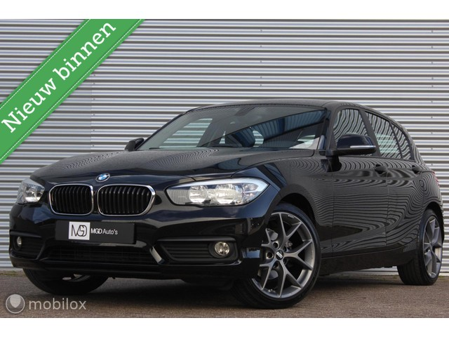 BMW 1 Serie 118i Sport  LED CRUISE STOELVERW. BLUETOOTH BBS 18'' PDC!