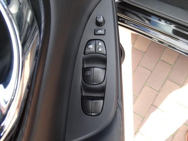 Nissan Pulsar 1.5 dCi Business Edition | RIJSCHOOL DUBBELE BEDIENING | NAVI | STOELVERWARMING