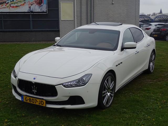 Maserati Ghibli 3.0 V6 D - Automaat, Leder Sport Interieur, Navigatie, Camera, Airco ECC, Cruise Control, Parkeersensoren, Elektrisch schuif-