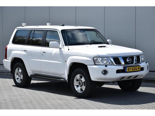 Nissan Patrol 3.0 TD SE 5 Persoons Airco Marge 3500 Kg Trekgew Geel kenteken btw bpm vrij