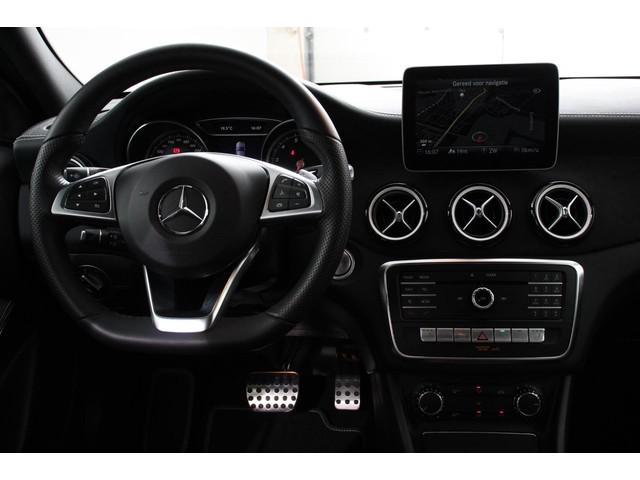 Mercedes-Benz GLA 180 Automaat Peak AMG | Navigatie | Alcantara Bekleding | Airco | 19Lichtmetalen velgen | Keyless