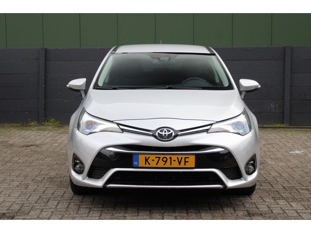 Toyota Avensis Touring Sports 1.8 VVT-i SkyView Edition Climate Control, Cruise control, Camera, Stoelverwarming