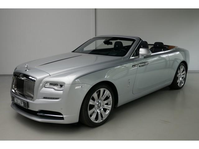 Rolls-Royce Dawn 6.6 V12 Teakdeck