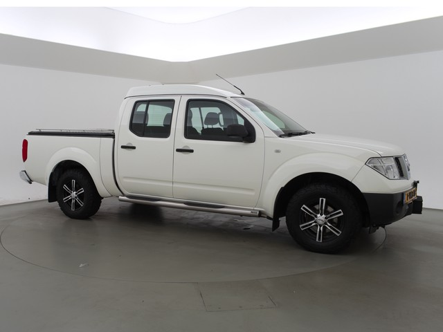 Nissan Navara 2.5 DCI 4WD 5-PERS. DOUBLE CAB XE + DAB+   LIER   CAMERA   18 INCH