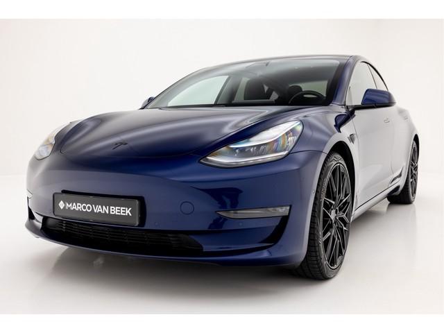 Tesla Model 3 Long Range 4WD INCL BTW  € 54.850 Autopilot Premium Sound Carbon