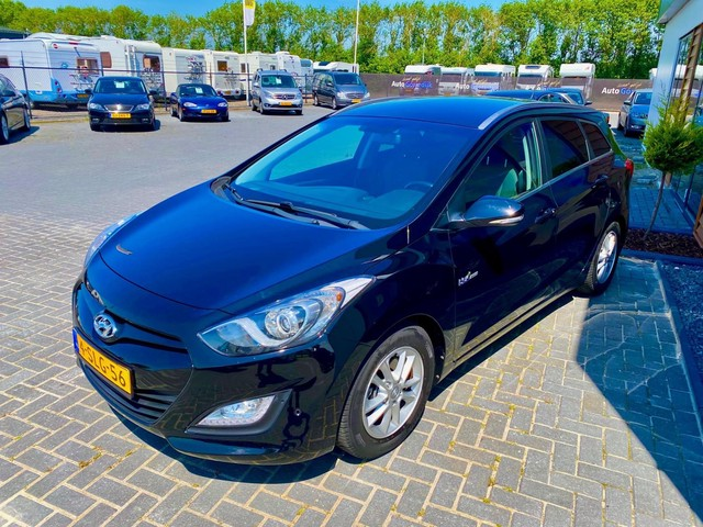 Hyundai i30 Wagon 1.6 GDI Business Edition Navi,Trekhaak,lmv