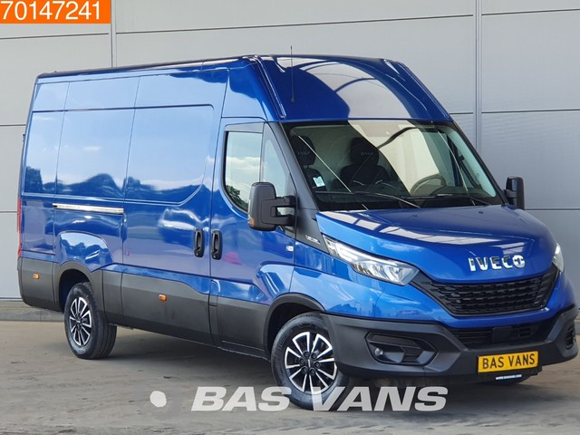 Iveco Daily 35S14 L2H2 Nwe model LED Navi Camera LM Velgen 12m3 Airco Cruise control