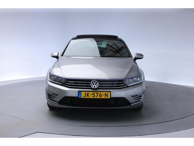 Volkswagen Passat 1.4 TSI GTE Highline Executive Aut. [ Virtual Panorama Led Navi ]