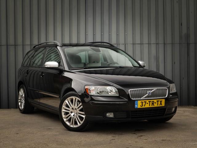 Volvo V50 2.4 Edition II Sport, Automaat, Leer, Trekhaak, Navigatie, Parkeer-Sensoren-A, 17-inch-L.M.Velgen, Black-Edition, NL-Auto