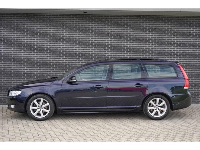 Volvo V70 D4 Geartronic Dynamic Edition | Leder | Xenon | Navi | Winter-pakket |