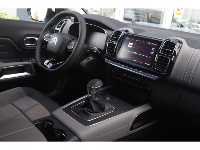 Citroen C5 Aircross 1.2 PureTech Business   € 475,- private lease! Afneembare trekhaak, Keyless Entry Start, Climate Control