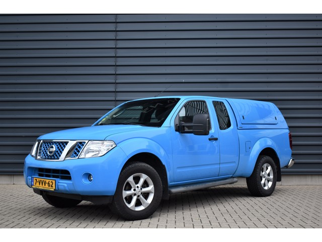 Nissan Navara 2.5 dCi 191PJ XE KING CAB   EX. BTW   TREKHAAK   CAMERA   DEALER - ONDERHOUDEN   CLIMATE   CRUISE CONTROL