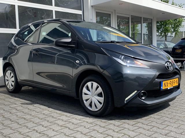 Toyota Aygo 1.0 VVT-i x-fun Airco Bluetooth LED Electrische ramen 5 deurs