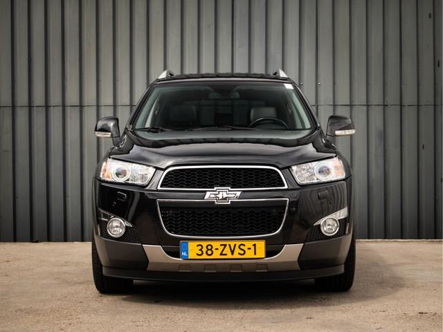 Chevrolet Captiva 2.2D LTZ, 7-Pers, Nw-Model, Elektrisch Schuif- Kanteldak, Lederen-Bekleding, Parkeer-Sensoren-V+A, Black-Edition, Trekhaak, Navi