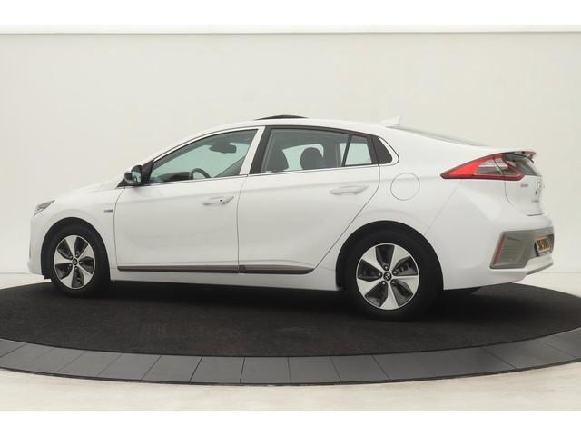Hyundai IONIQ Premium EV *17.900 excl BTW* | 1e eigenaar | Leder | Infinity Sound | Schuifdak | Adaptive cruise | Camera | LED | Navigatie | D