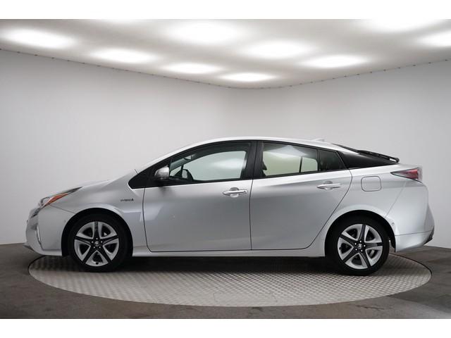 Toyota Prius 1.8 Executive Navi Leer Adaptieve Cruise Head-Up