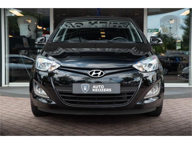 Hyundai i20 1.4i i-Vision Airco Cruise Control USB Elek Ramen AIRCO