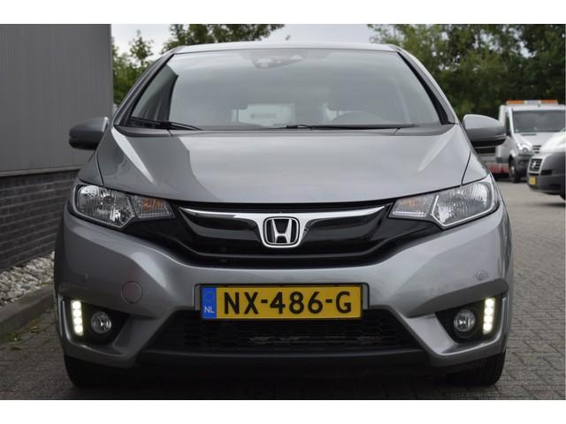 Honda Jazz 1.3 i-VTEC Elegance Automaat Camera, Stoelverwarming, Keyless, Navigatie,