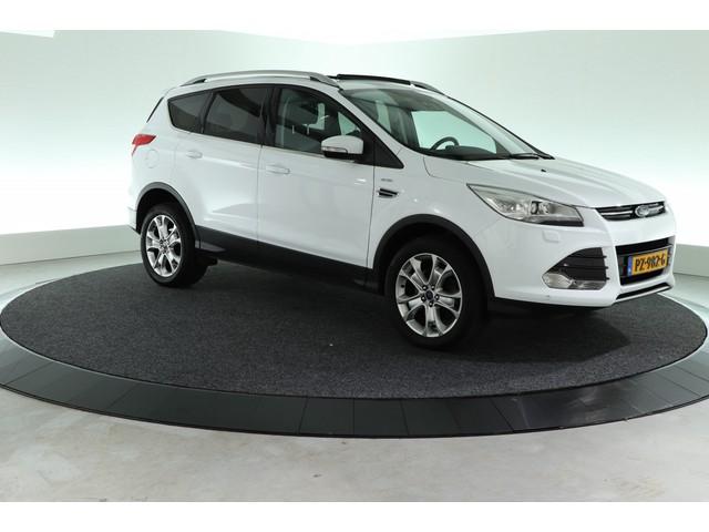 Ford Kuga 1.5 Titanium 4WD   AUTOMAAT   SCHUIF-KANTEL    AFN. TREKHAAK