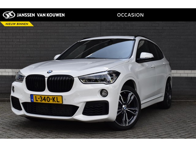 BMW X1 xDrive25i High Executive M pakket   Leder   LED