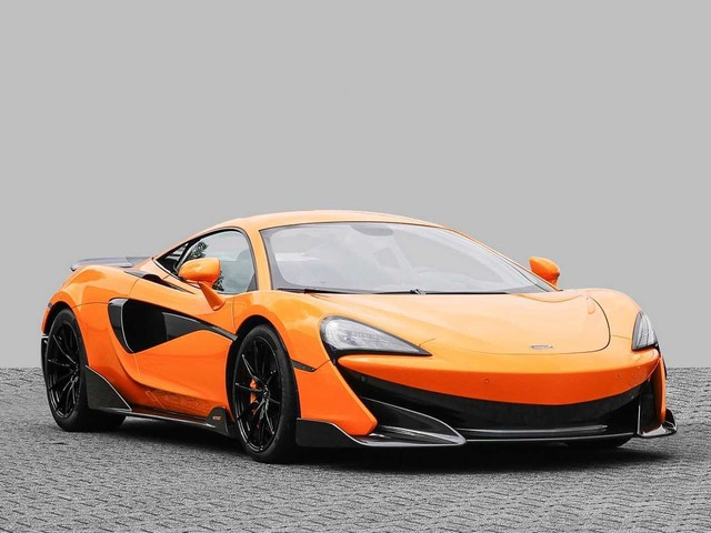 McLaren 600LT 3.8 V8 MSO Ceramic Lift Carbon Alcantara