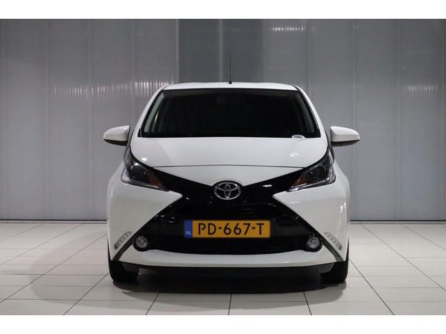 Toyota Aygo 1.0 VVT-i x-play Navigatie