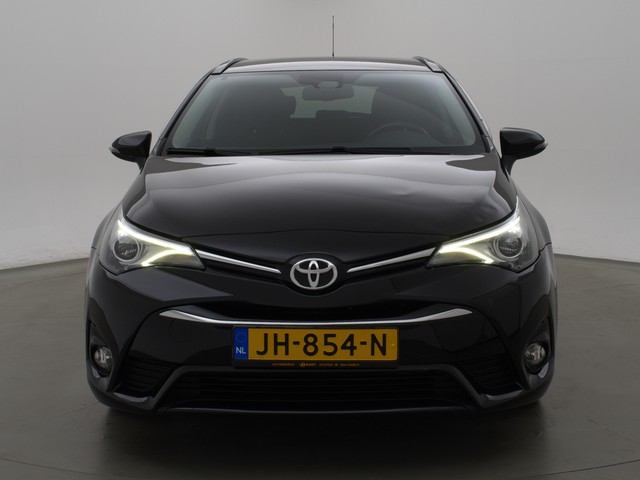 Toyota Avensis Touring Sports 1.6 D-4D-F LEASE PRO + NAVIGATIE   LED   CAMERA