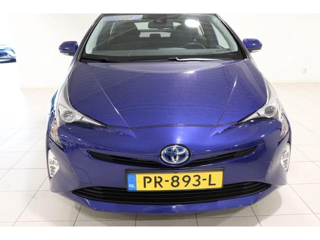 Toyota Prius 1.8 Dynamic, Camera, BSM, LM velgen, Dealer onderhouden, Cruise & Climate control!