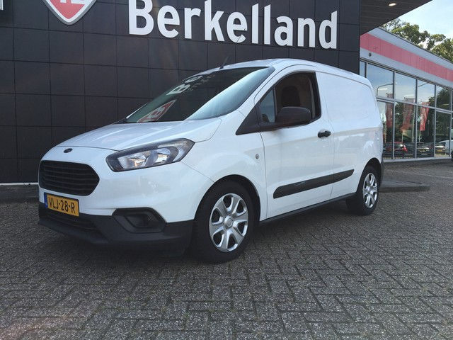 Ford Transit Courier 1.5 TDCI Trend**Airco**75pk**6vers***Bluetooth**L1=H1** Bel of whatsapp *** ** 06-55872436** Euro 6