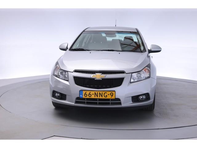 Chevrolet Cruze 1.8 LT [ Org. NL met NAP  Airco   Aut.   Trekhaak   Lichtmetalen velg   Navi]