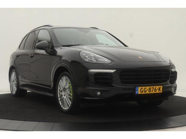 Porsche Cayenne 3.0 S E-Hybrid | Origineel NL | Panoramadak | Full LED | Luchtvering | Leder | Camera | BOSE | Navigatie | Stoelverwarming