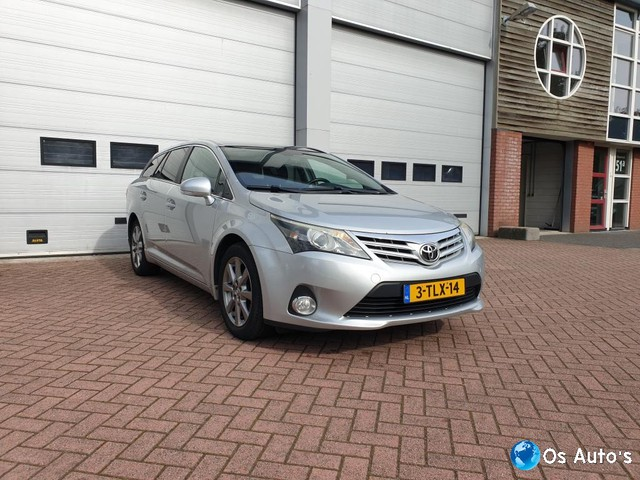 Toyota Avensis Wagon 2.0 D-4D-F Dynamic Business