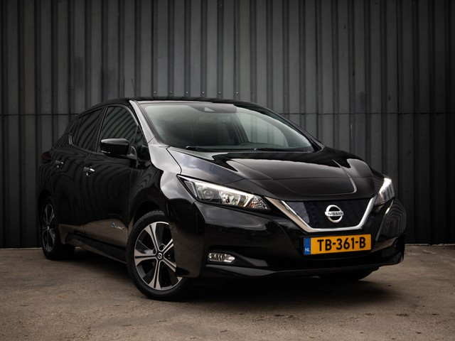 Nissan Leaf 2.ZERO EDITION 40 kWh, Automaat, 1-Ste-Eigenaar, Adaptieve-Cruise-Control, Navigatie Apple-Car-Play Adroid-Auto, Parkeer-Sensore